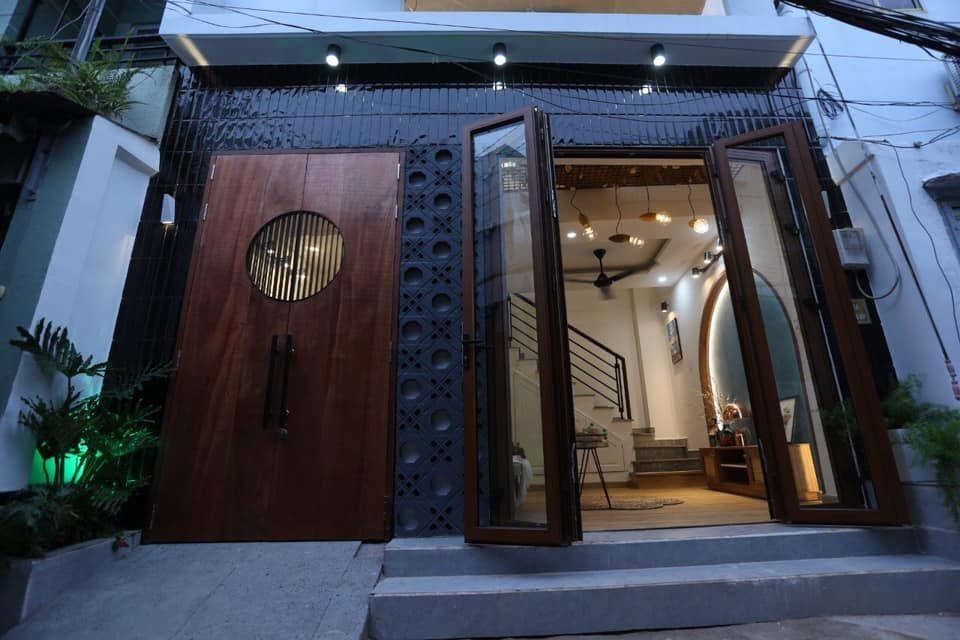 Bán Nhà Cực Đẹp đường Nguyễn Văn Lượng P.17 Q.Gò Vấp . DT : 5 x 6m 1 Trệt Lửng 2 Lầu . Giá : 3,85 ty