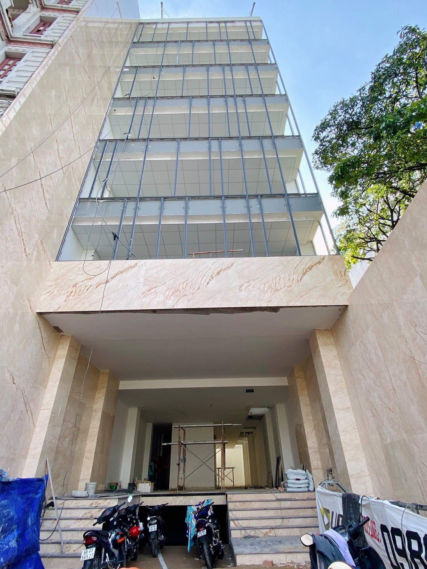 Cho thuê tòa nhà văn phòng mới  Đặng Văn Ngữ P10 Phú Nhuận