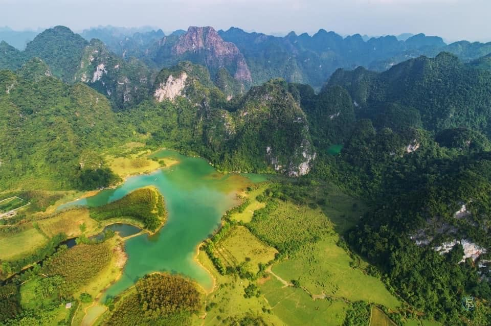 Review Nghĩa địa cây Đồng Lâm - bí ẩn dưới lòng hồ mùa nước cạn!!!