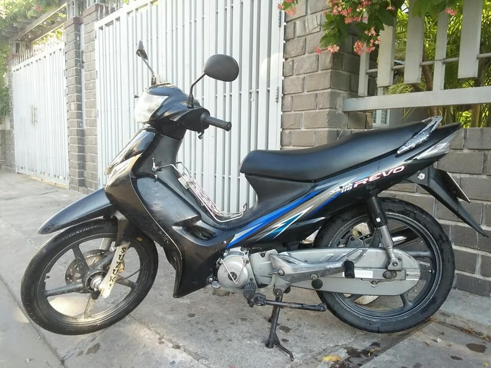Cần bán Suzuki Revo