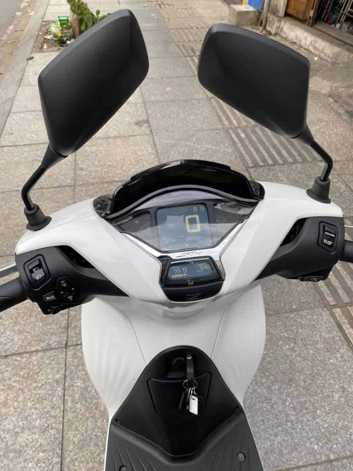 Honda Sh 125i cbs 2020 trắng bạc  tại TÂN PHÚ