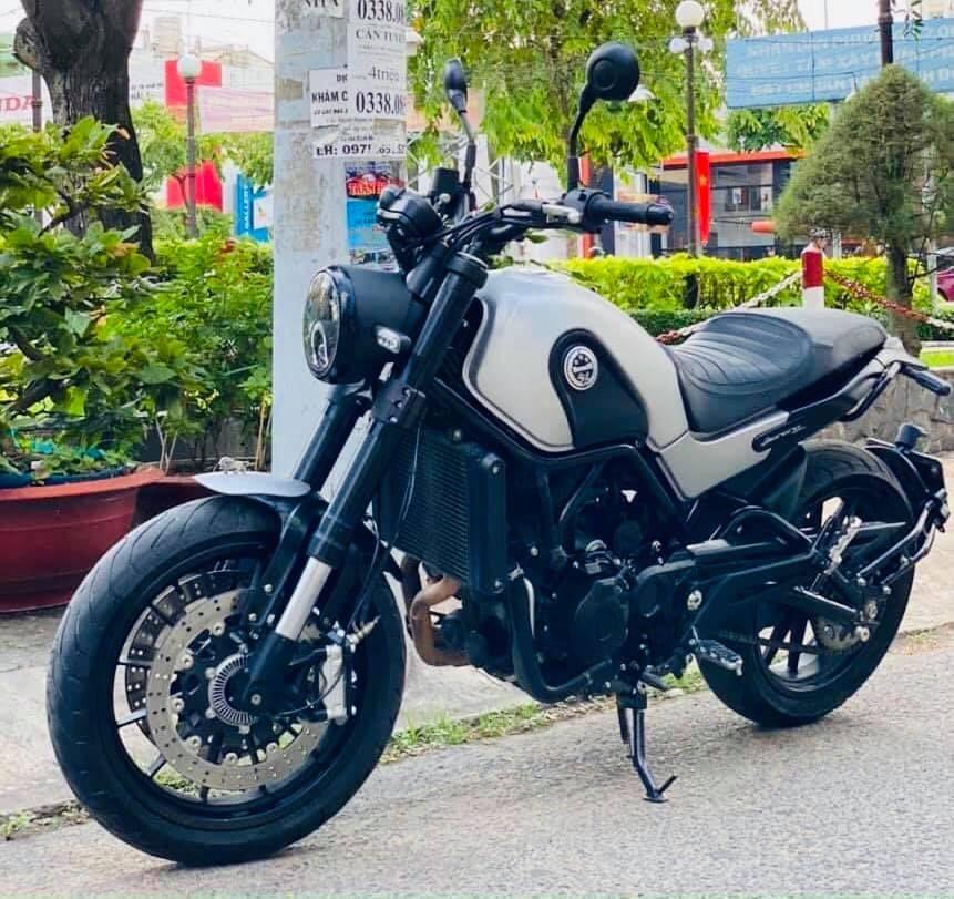 Benelli Leoncino 500, đời 2020