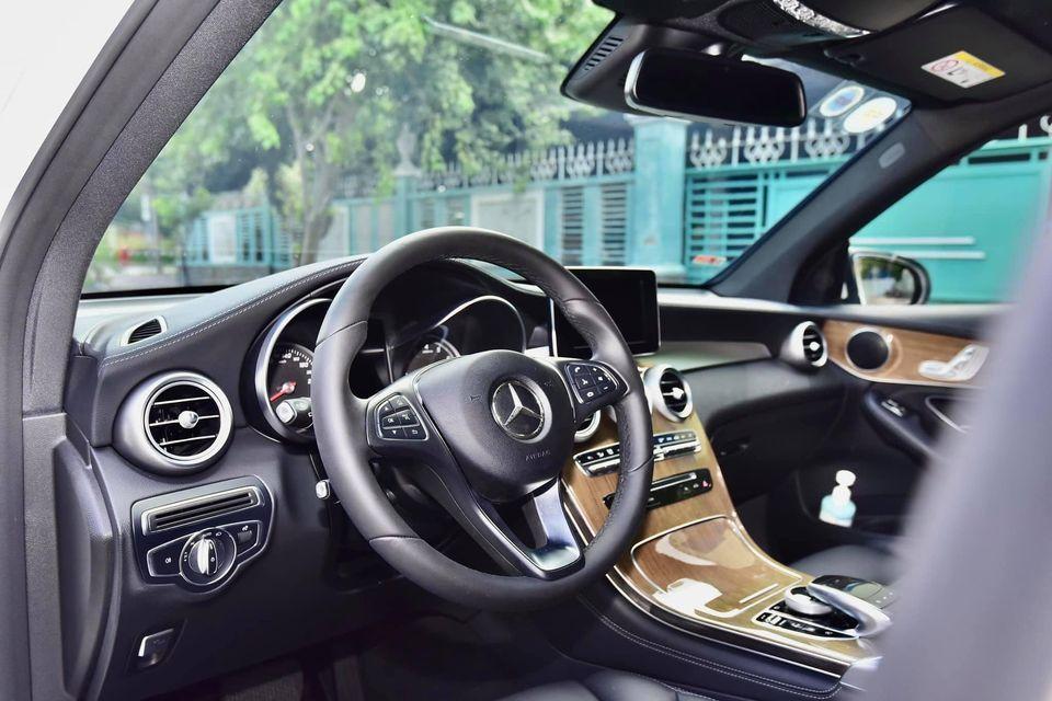 Mercedes_Benz GLC250 4Matic Model2018